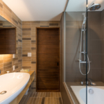 Moiwa House Ensuite Bathroom
